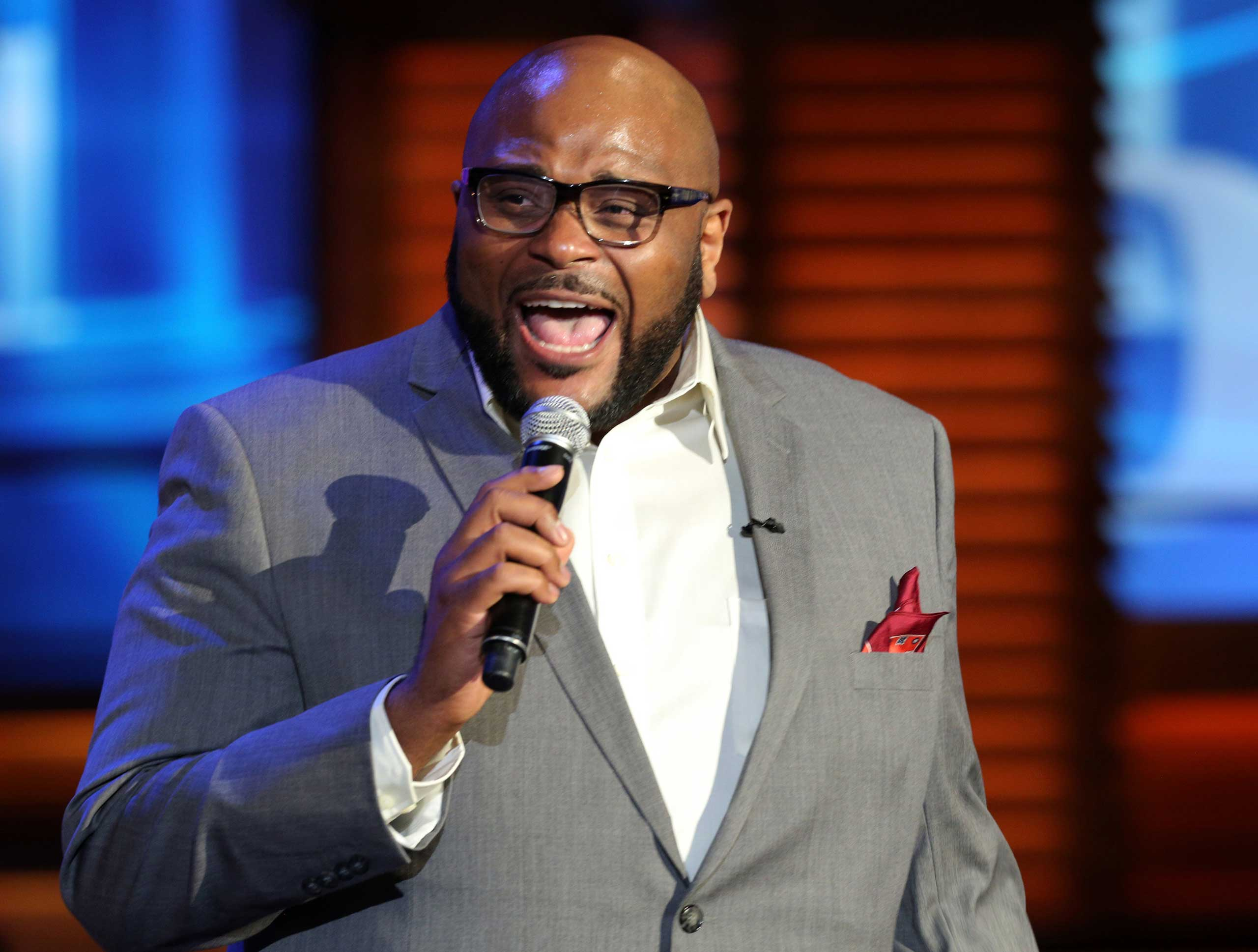 <b>Ruben Studdard</b>, season 2 winner, performs at When Georgia Smiled: The Robin McGraw Revelation Foundation And Verizon Unite For Second Annual Domestic Violence Summit at Paramount Studios in Hollywood, Calif. on Oct. 3, 2014.
