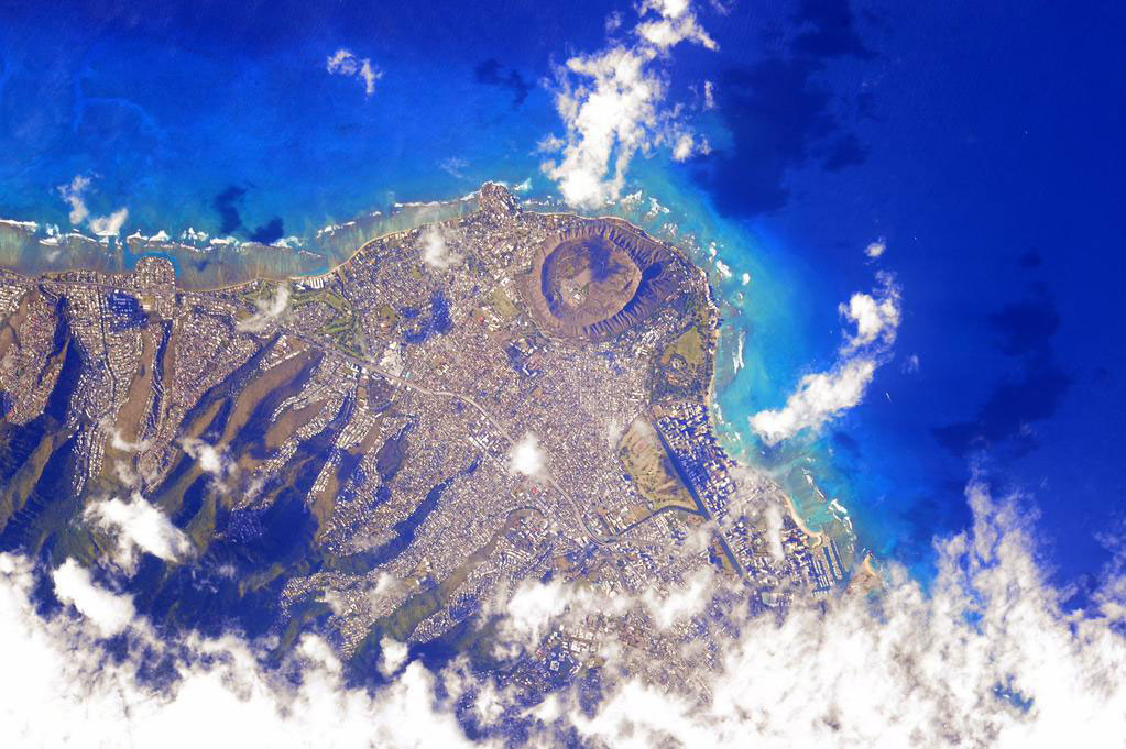 """Just flew over you #Honolulu #Hawaii. Happy #MemorialDay! #YearInSpace"" - <a href=""https://twitter.com/StationCDRKelly/status/602556213449117698"" target=""_blank"">via Twitter</a> on May 24, 2015"