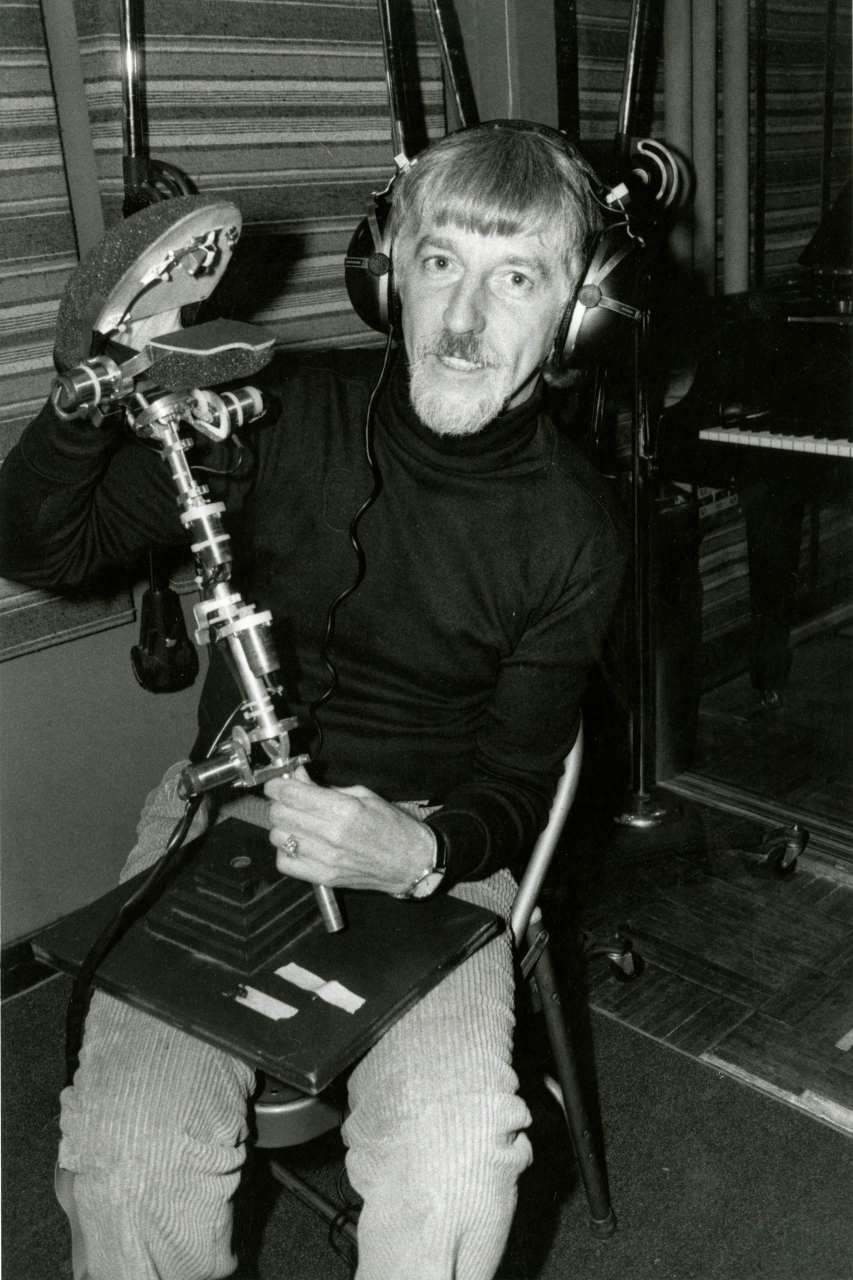Caroll Spinney tests a puppet in the concept stage.