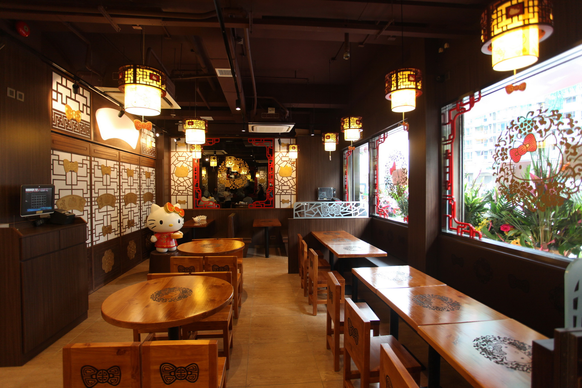 World S First Hello Kitty Chinese Restaurant Opens In Hong Kong Time