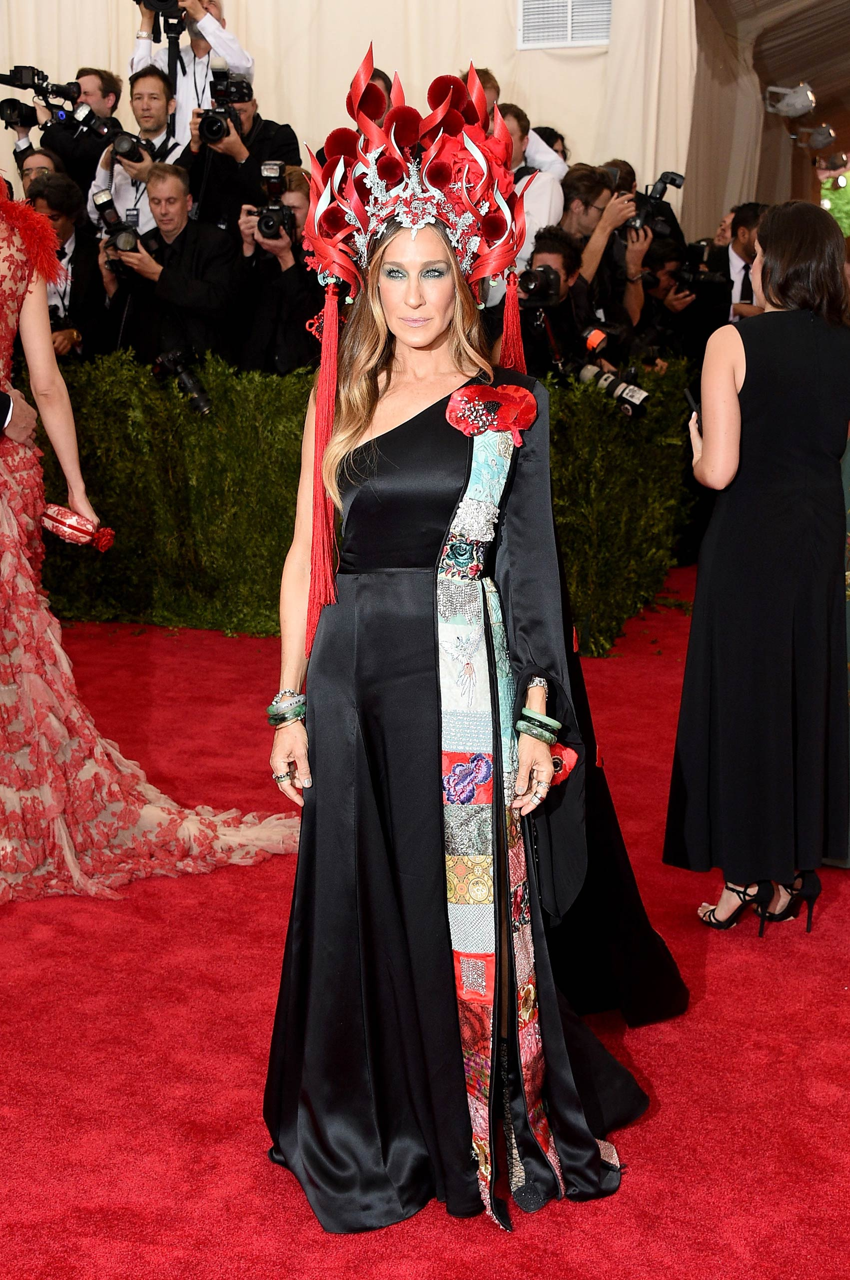 "Sarah Jessica Parker attends the ""China: Through The Looking Glass"" Costume Institute Benefit Gala at the Metropolitan Museum of Art on May 4, 2015 in New York."