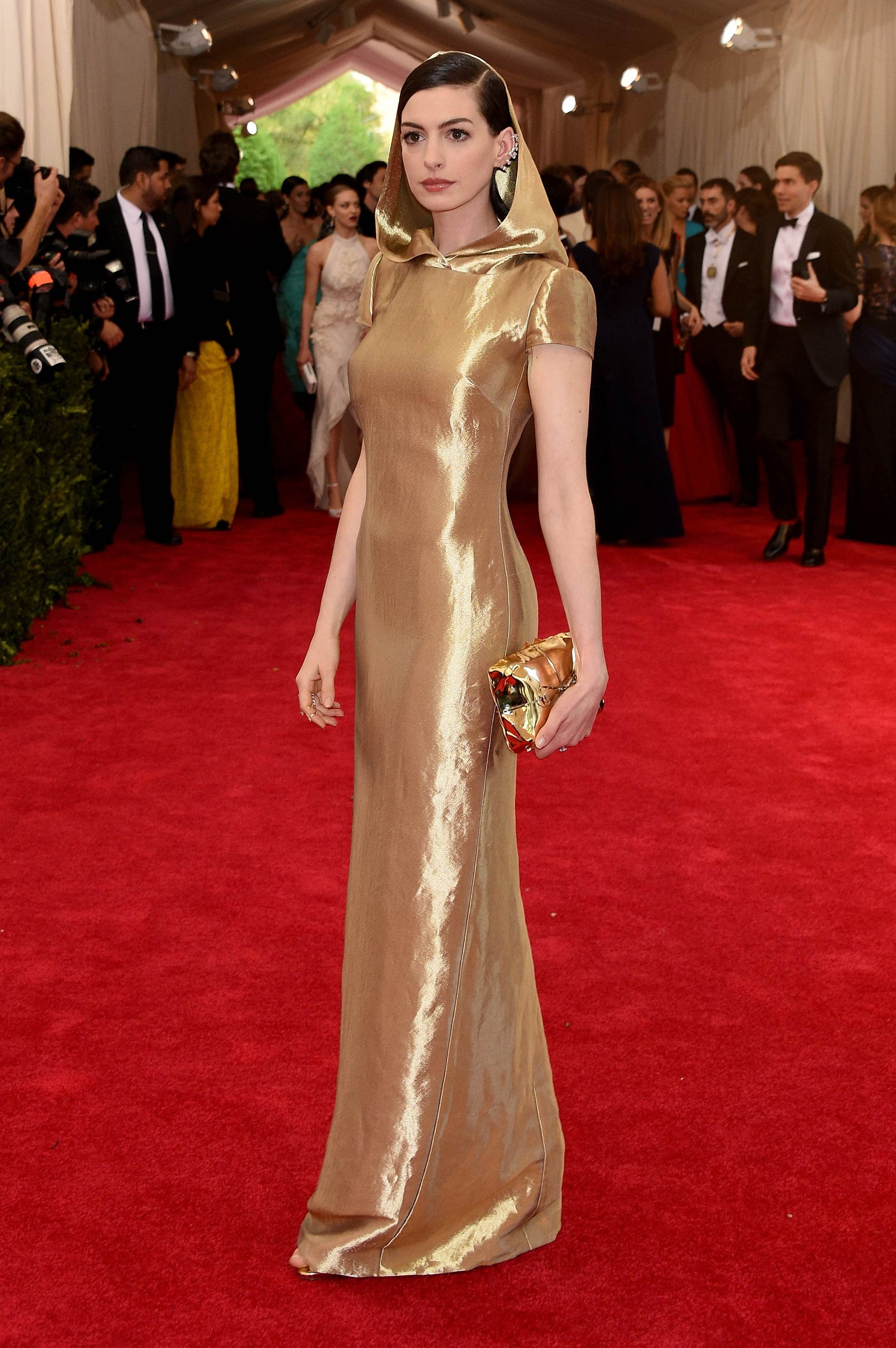 "Anne Hathaway attends the ""China: Through The Looking Glass"" Costume Institute Benefit Gala at the Metropolitan Museum of Art on May 4, 2015 in New York."