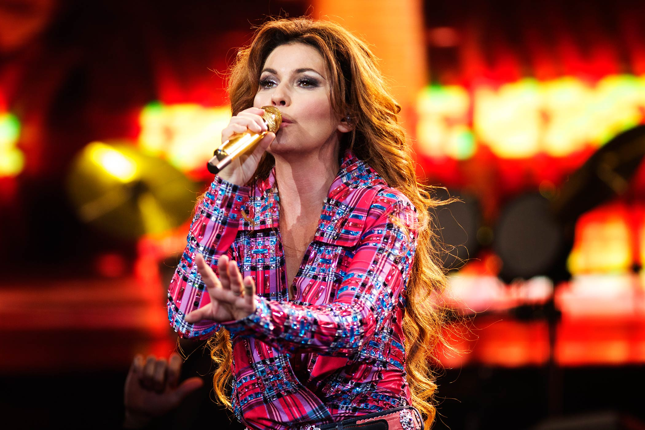Shania Twain performs at the Calgary Stampede on July 10, 2014 in Calgary, Canada.