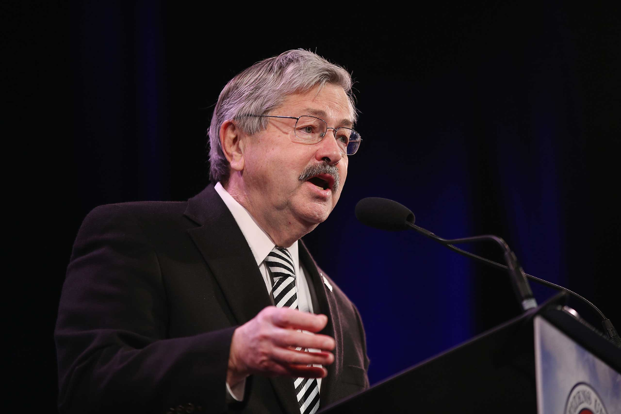 Iowa Governor Terry Branstad speaks to guests  at the Iowa Freedom Summit in Des Moines, Iowa, on Jan. 24, 2015 .