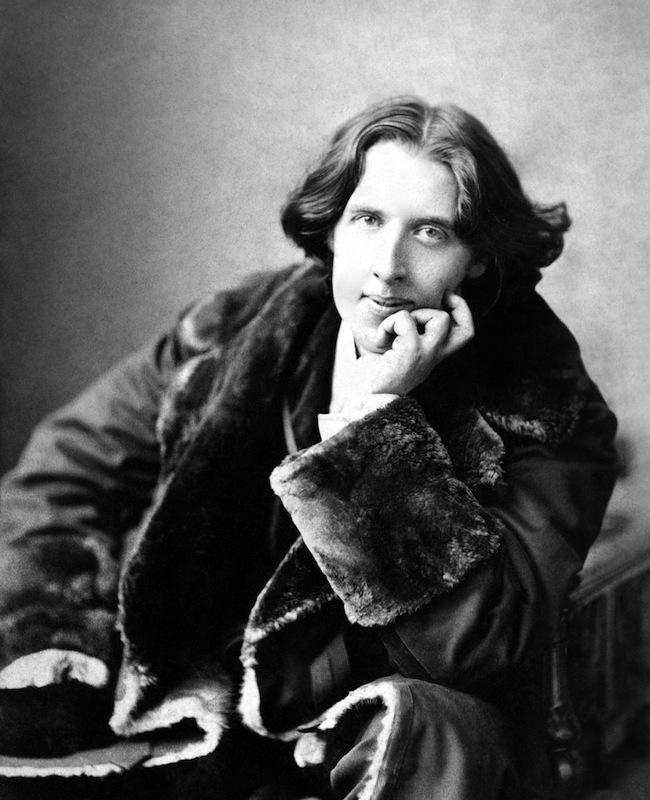 Oscar Wilde, photographed in 1882 by Napoleon Sarony
