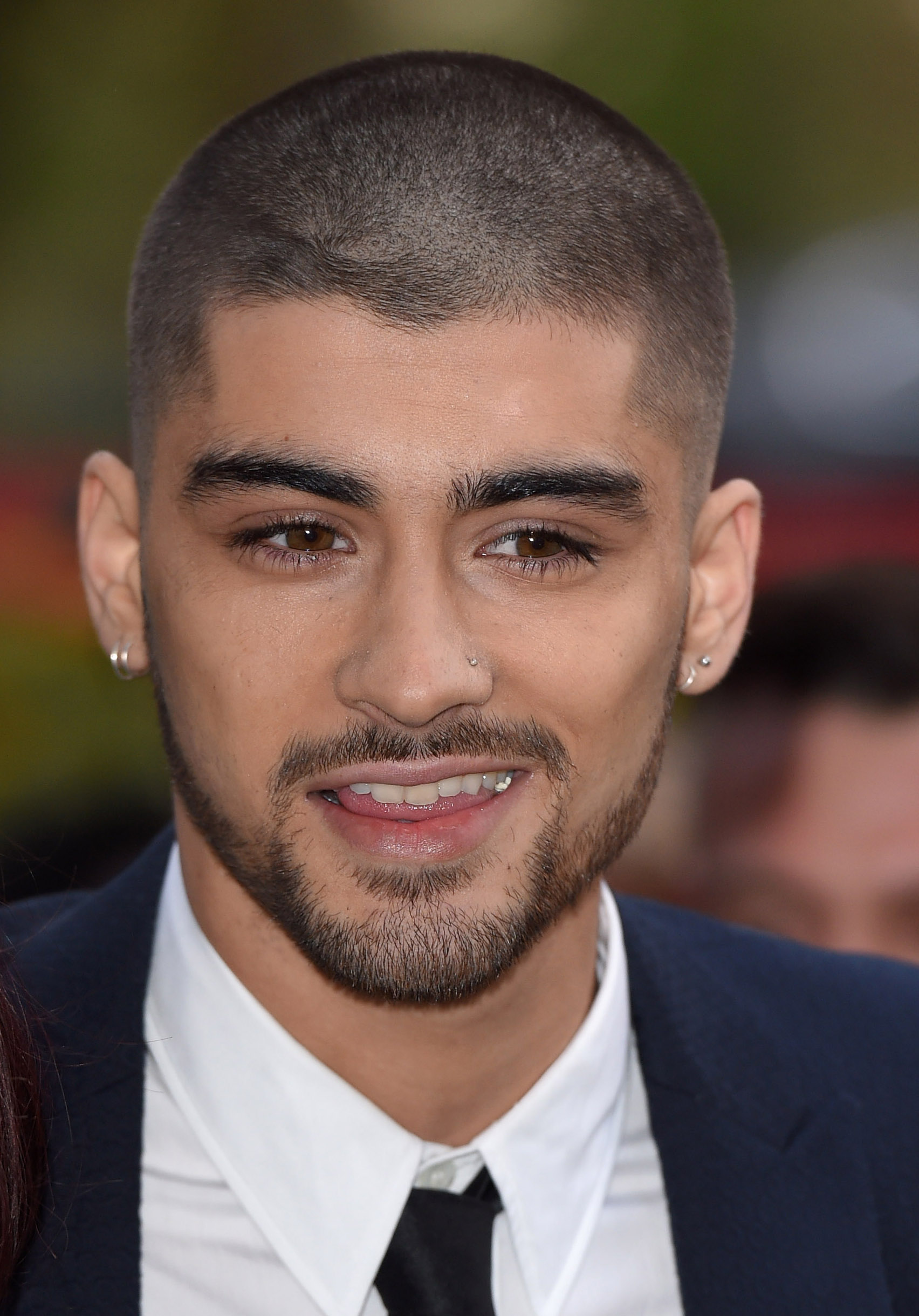 Zayn Malik Removed 1d From His Twitter Handle Time