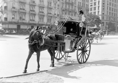 1910 NYC Taxi Cab