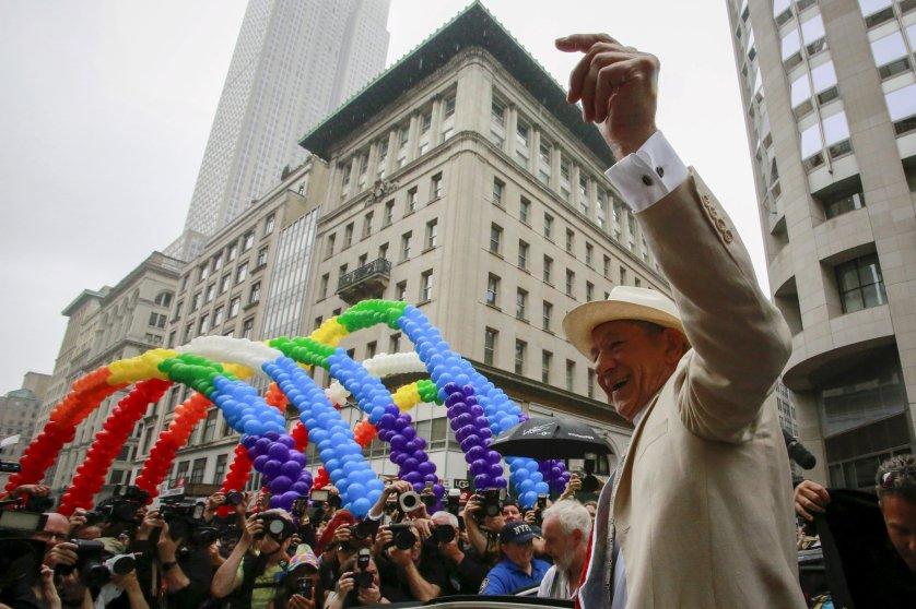 gay pride parade 2015LGBT