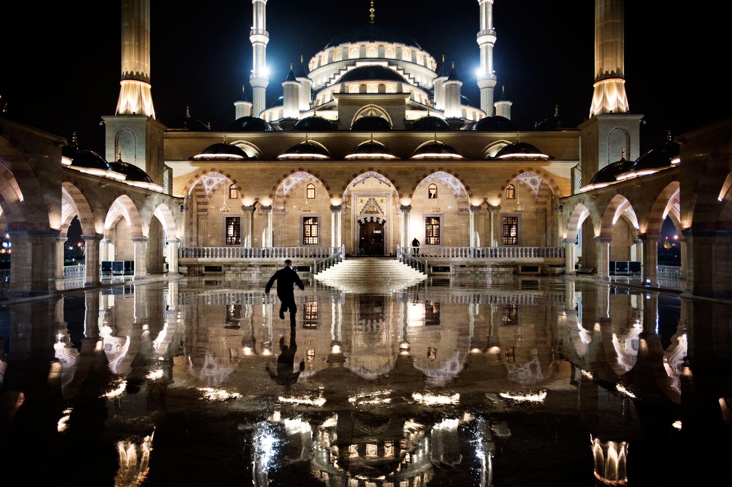 One of the biggest mosques in Europe, known as the Heart of Chechnya, it is dedicated to the memory of the late Chechen leader, Akhmad Kadyrov, father of Ramzan Kadyrov, Chechnya's current ruler, Grozny, Chechnya, October 2009.