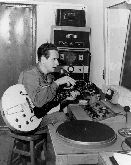 Les Paul Working In His Studio