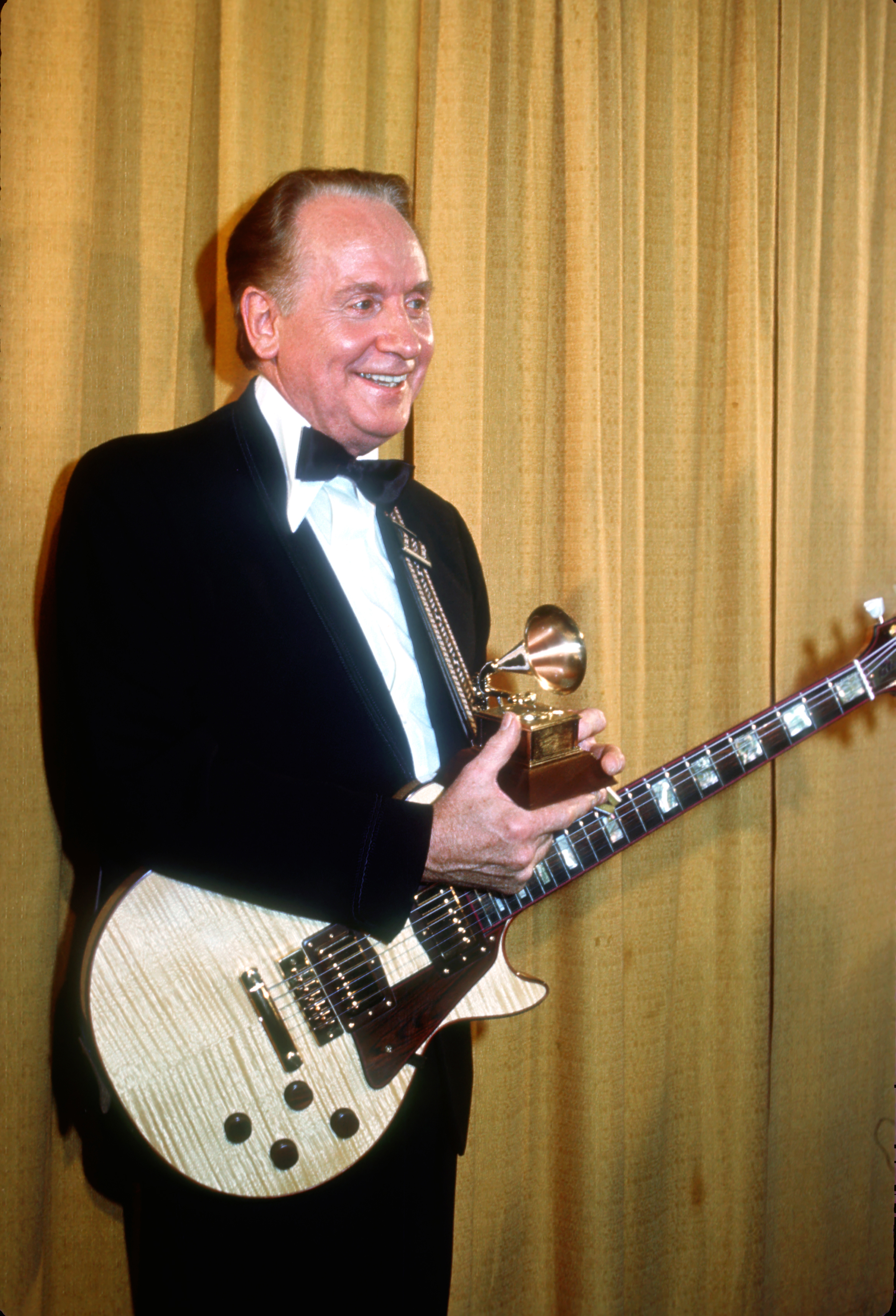 Paul was inducted in to the Grammy Hall of Fame in 1978 and the Rock and Roll Hall of Fame in 1988. He won two more Grammys in 2006 for his album  Les Paul and Friends: American Made, World Played.