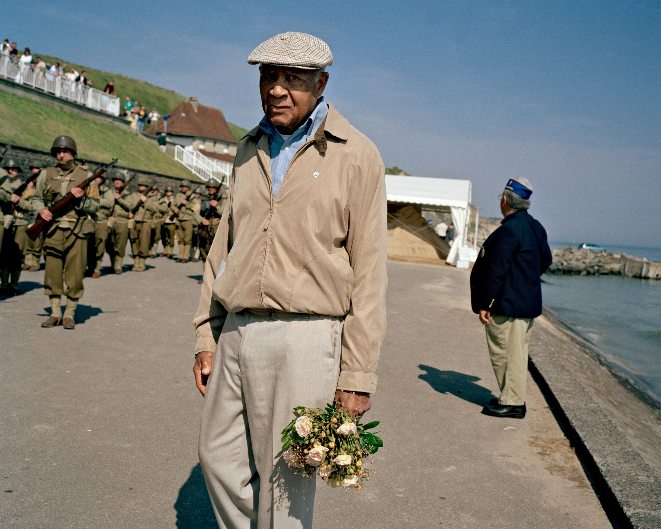 Omaha Beach, 60th anniversary of D-Day, 2004A veteran of the 29th Infantry Division in four Ville-Sur-Mer.