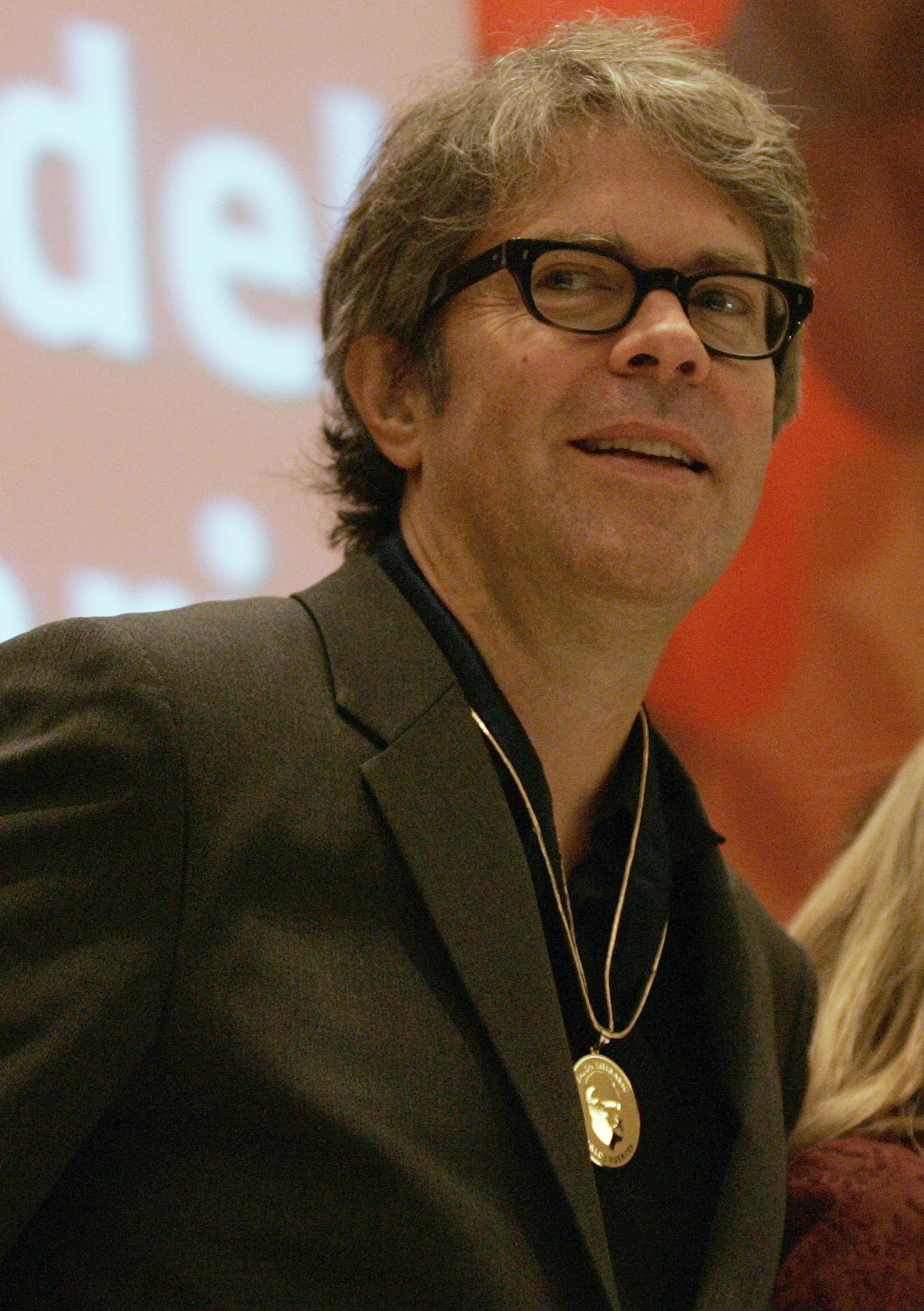 U.S. novelist and essayist Jonathan Franzen looks on after being awarded with the Carlos Fuentes Literary Salon medal at the International Book Fair (FIL) in Guadalajara November 25, 2012.