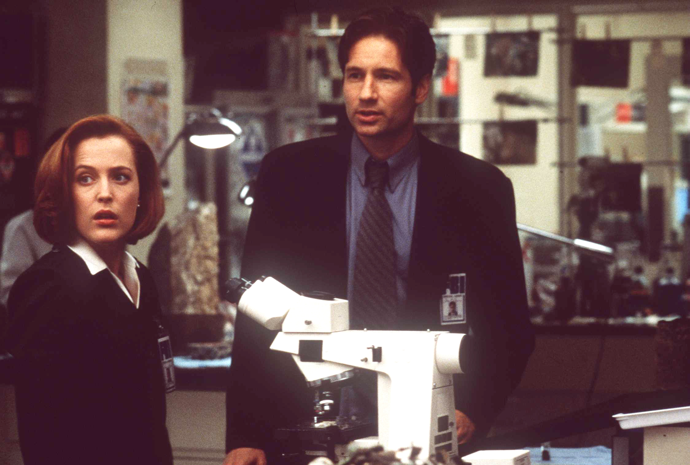 Gillian Anderson and David Duchovny in  The X-Files - The Movie.