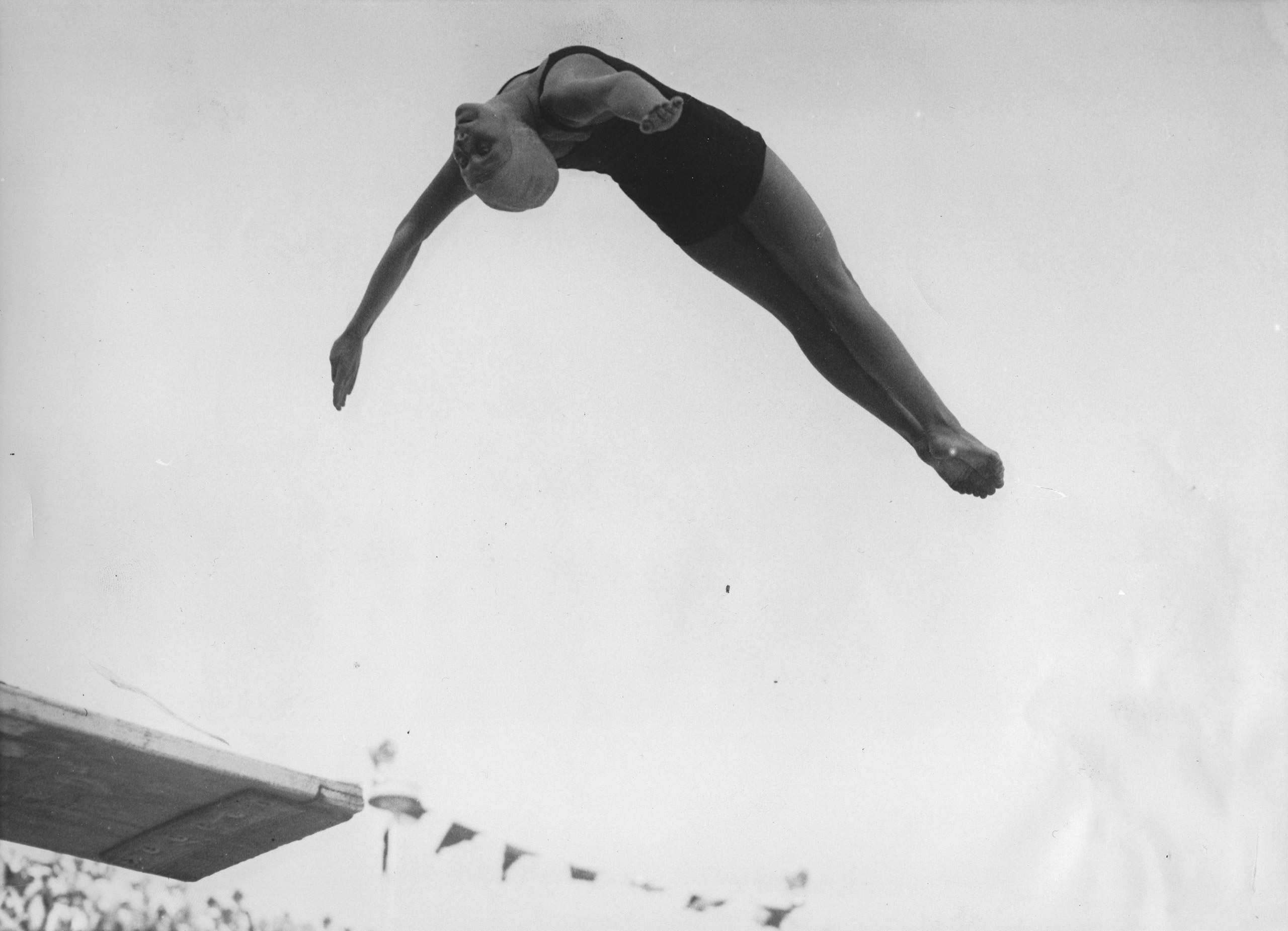 The 13-year-old springboard diver Marjorie Gestring at the Olympic Games in Berlin. Aug. 12, 1936.