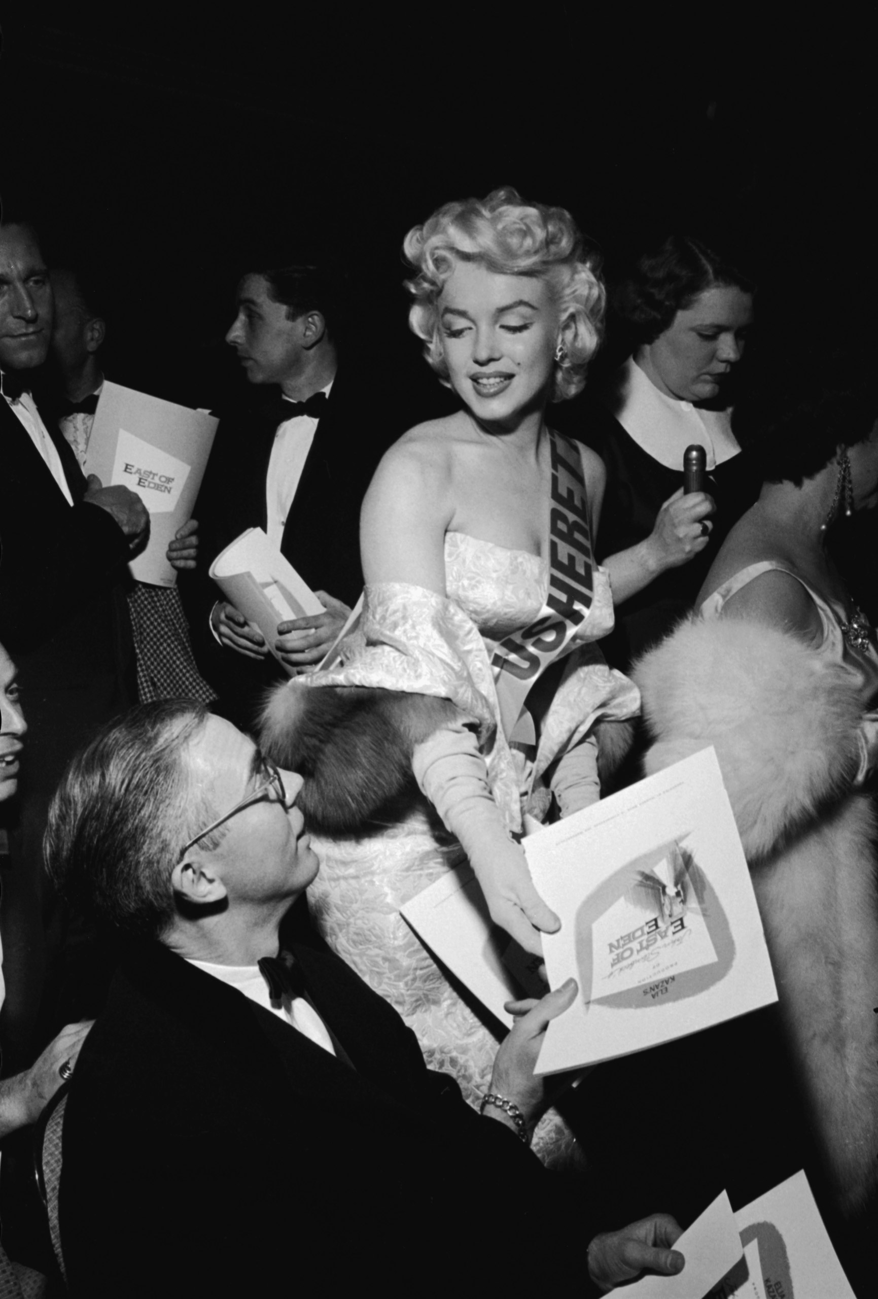 Marilyn Monroe attends the premiere for 'East of Eden' at the Astor Theater, New York City, 1955.