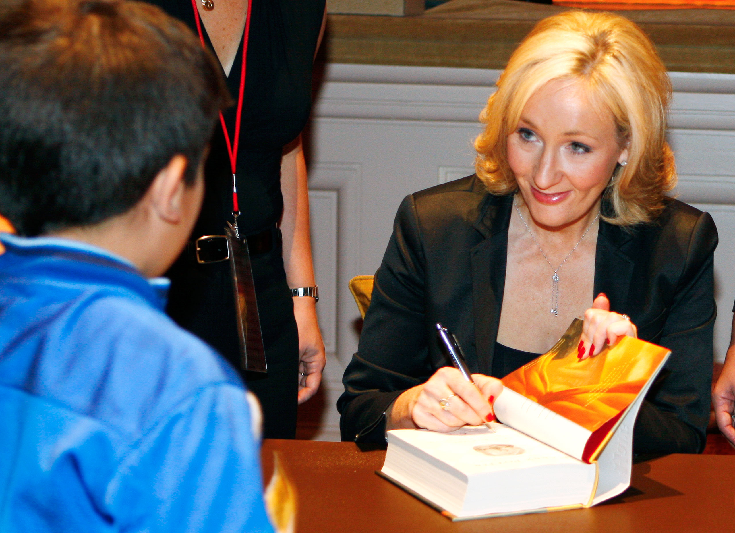 J.K. Rowling Harry Potter Deathly Hallows Book Signing