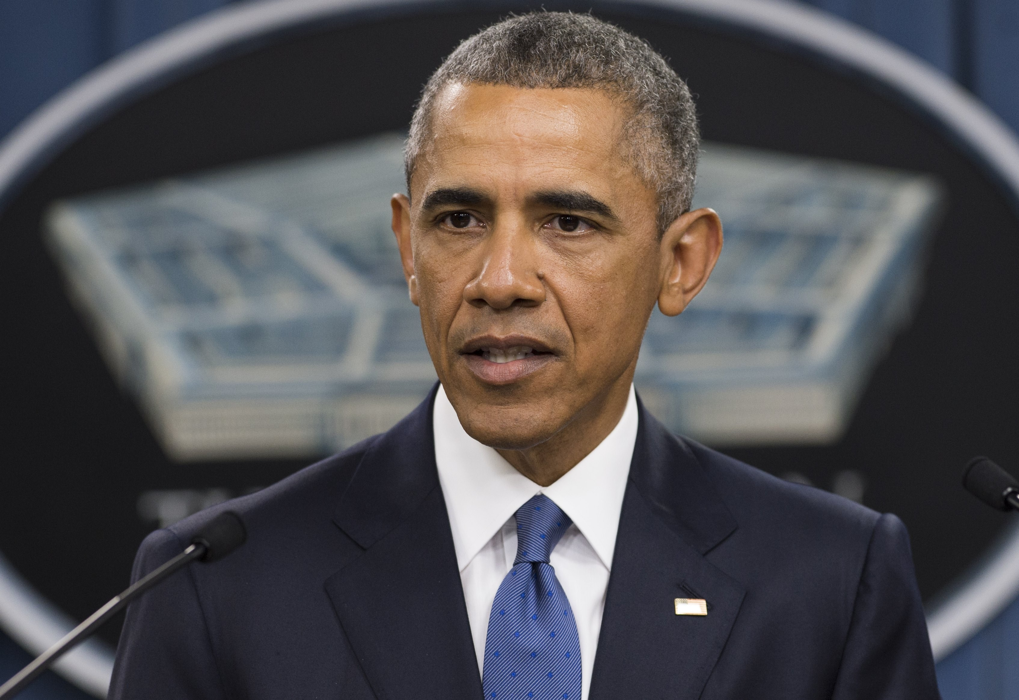 US President Barack Obama speaks following a meeting with top military officials about the military campaign against the Islamic State at the Pentagon in Washington, DC, July 6, 2015.