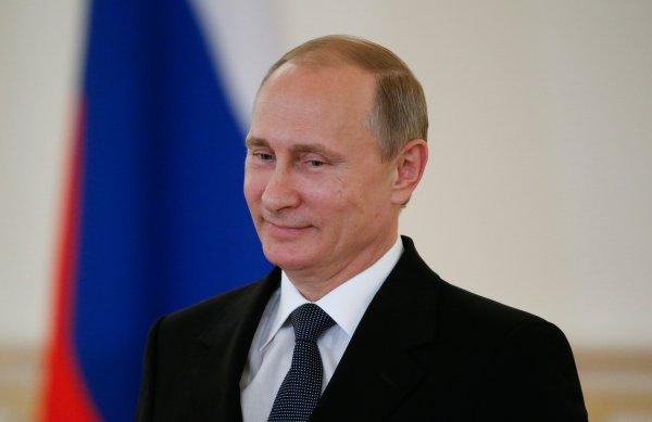 President Vladimir Putin Wishes President Barack Obama Happy July 4 Time