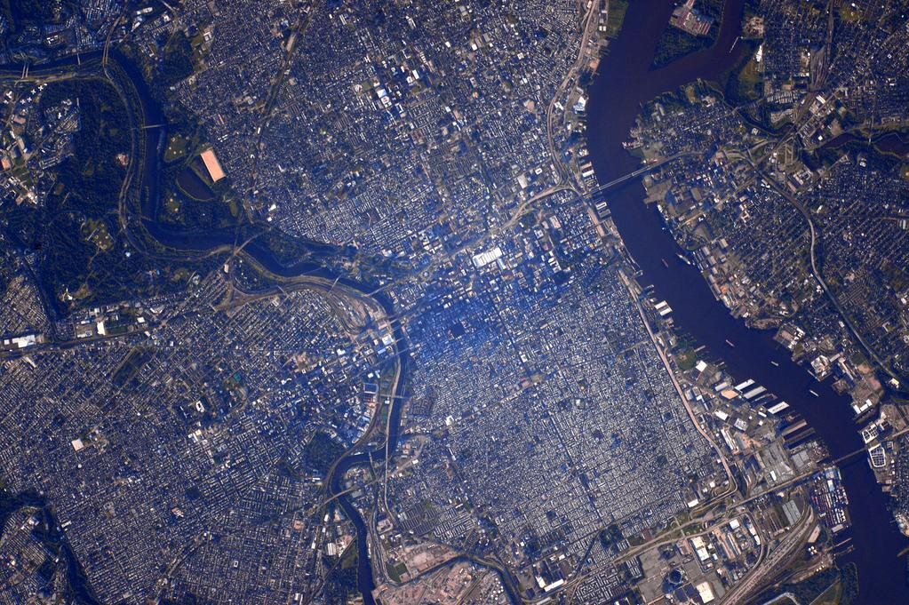 #Goodmorning #Philadelphia! One of your cheese steaks would be great 4 months into my #YearInSpace  - via Twitter on July 25, 2015