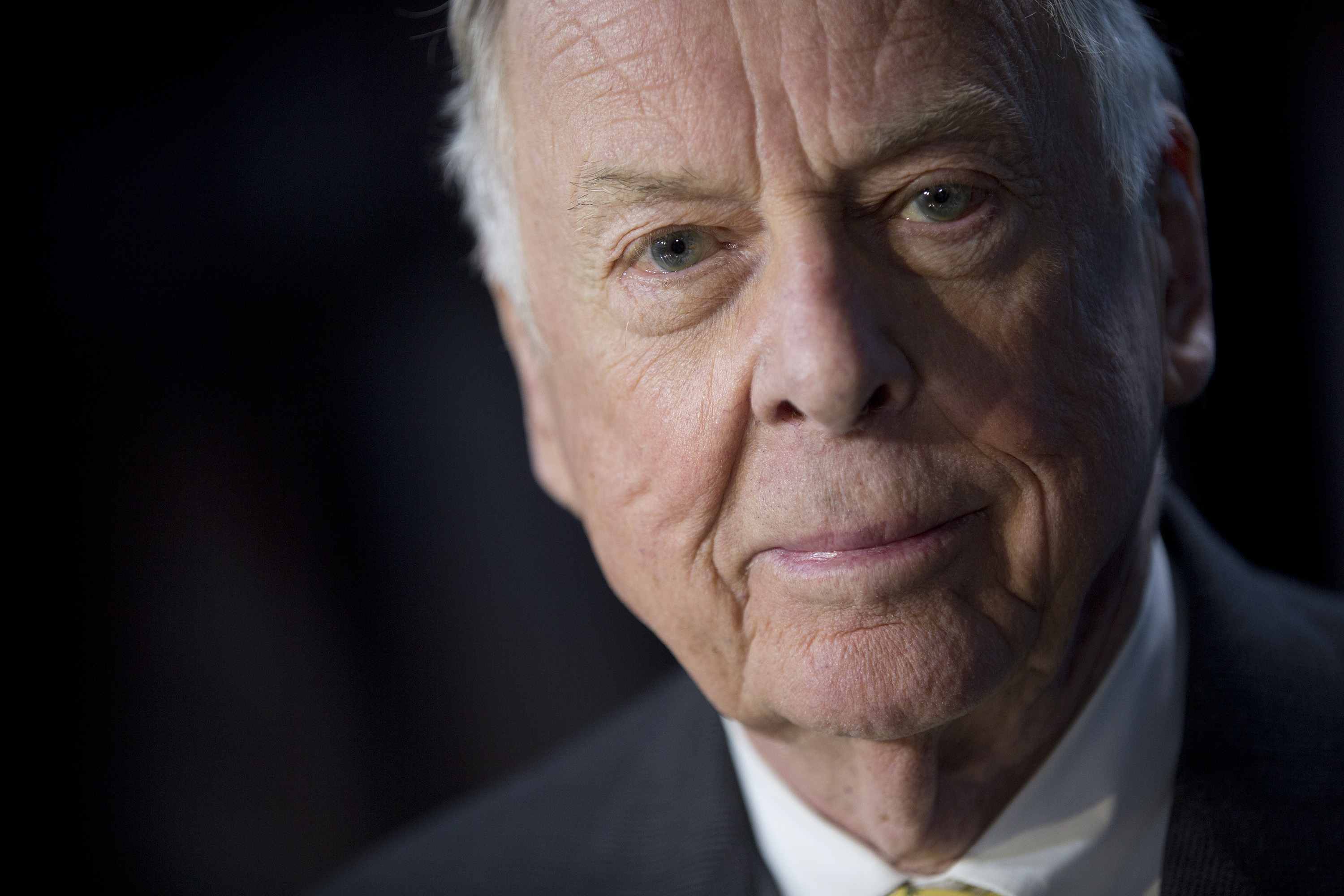 T. Boone Pickens, founder and chief executive officer of BP Capital LLC, sits for a photograph following a Bloomberg Television interview in Washington, D.C. on April 3, 2013.