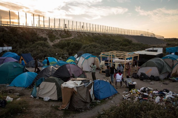 calais migrants camps jungle
