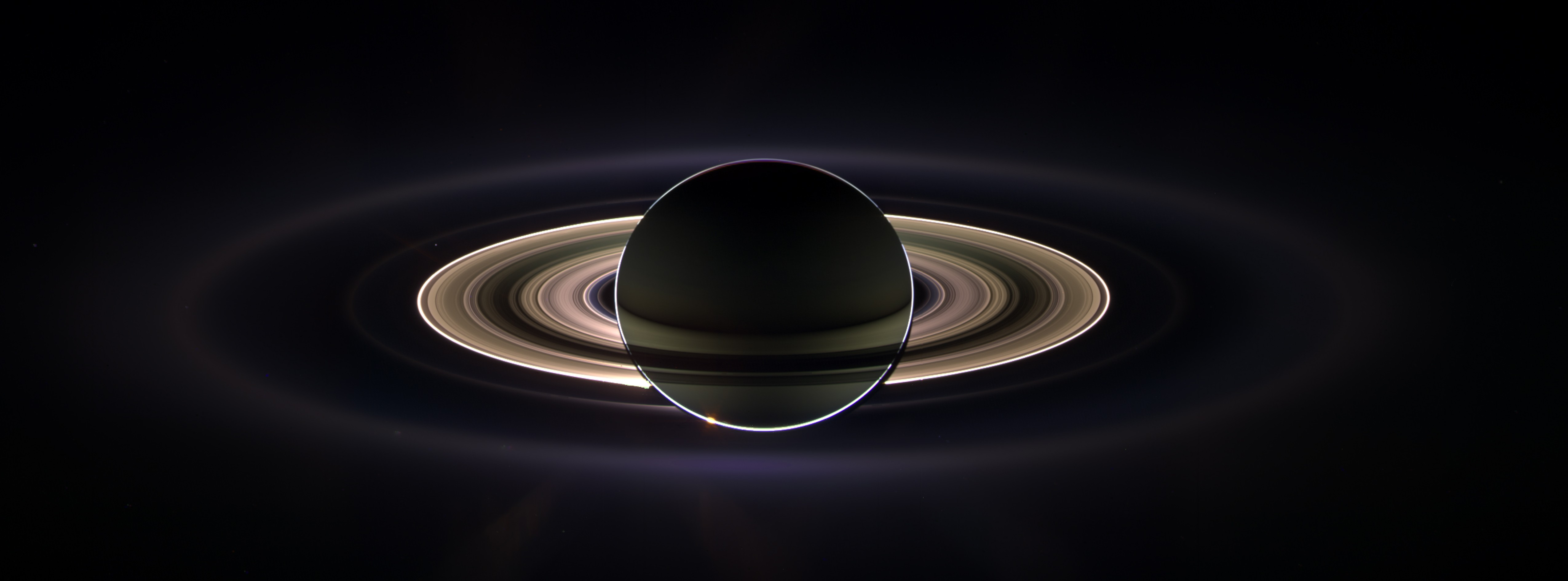 View of Saturn's rings as they surround the planet.