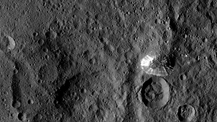Ceres Dawn Mountain