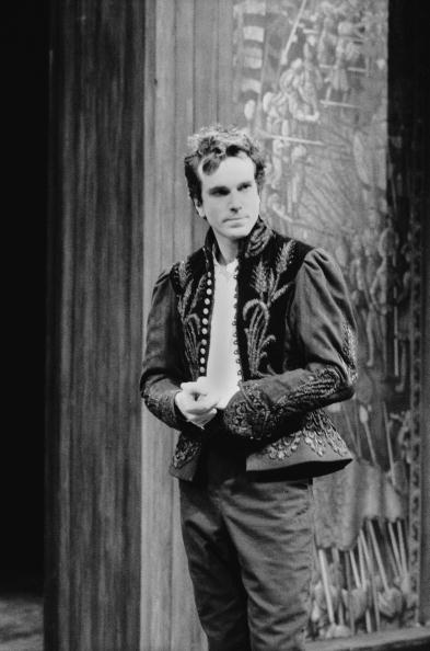 Daniel Day-Lewis (1989) In a brooding performance, Day-Lewis played Hamlet opposite Judi Dench's Gertrude in Richard Eyre's National Theatre production in London. He quit the run early following an onstage meltdown during which he apparently hallucinated, seeing his dead father. (Read more at The Hollywood Reporter)