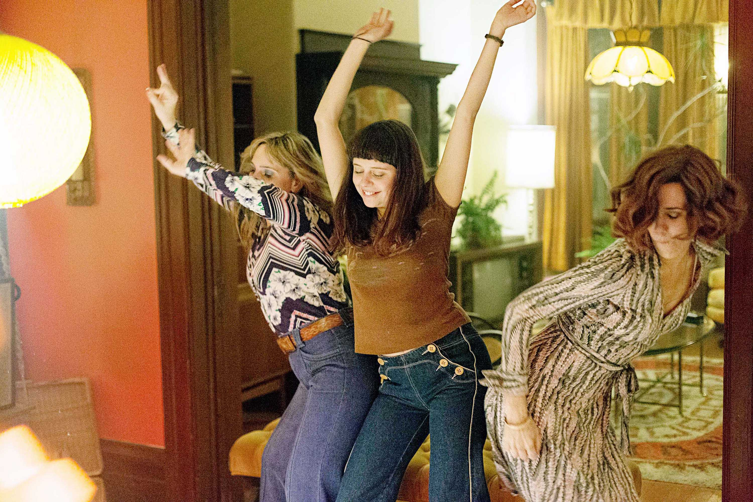 Wiig and Powley are an offbeat mother-daughter pairing, with both in pursuit of sensual pleasure—and the same man.