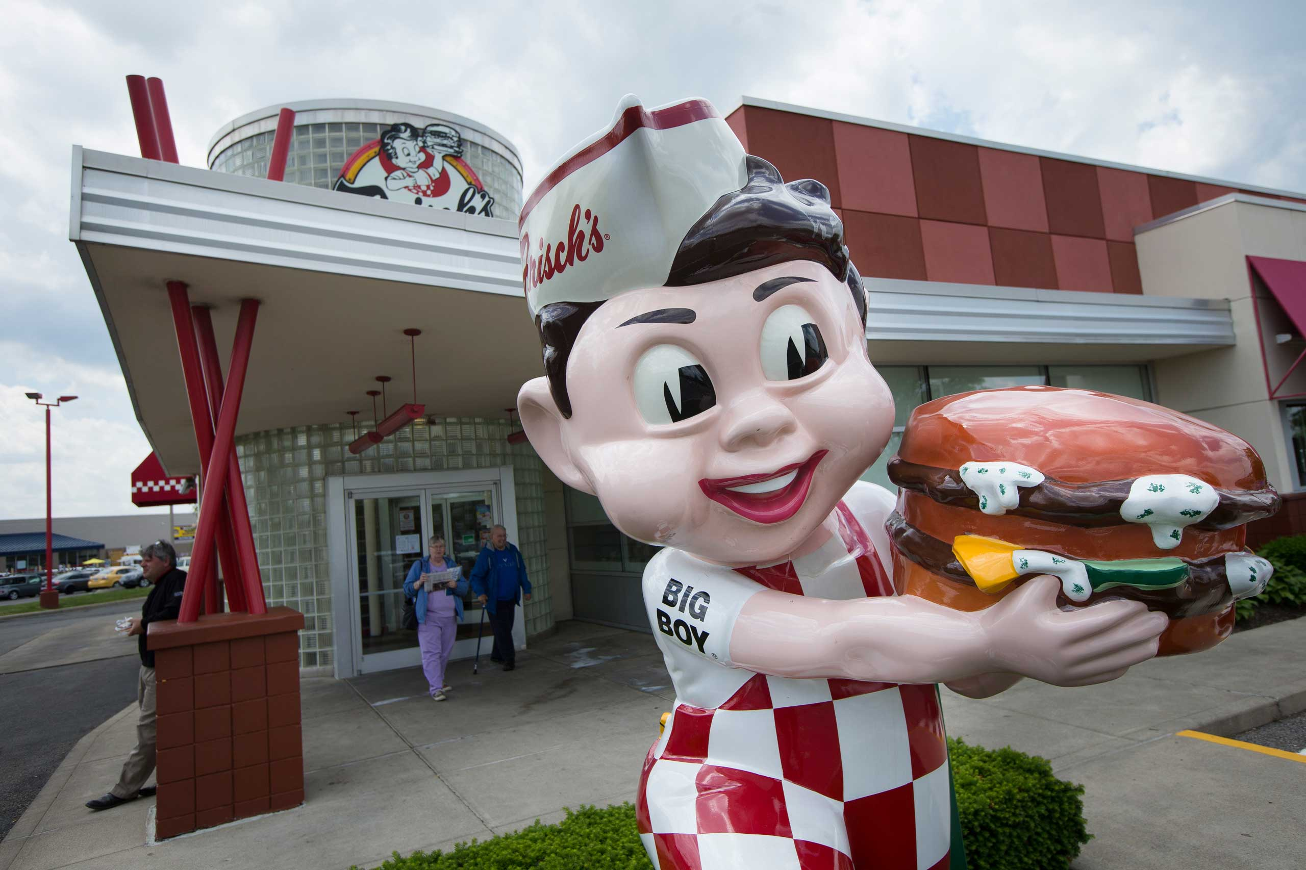 A  Bog Boy  statue stands outside a Frisch's Big Boy restaurant, May 22, 2015, in Columbus, Ohio.