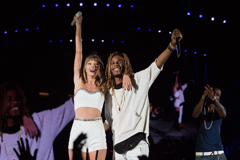 Taylor Swift Fetty Wap Sing Trap Queen In Seattle 1989 Concert Video Time