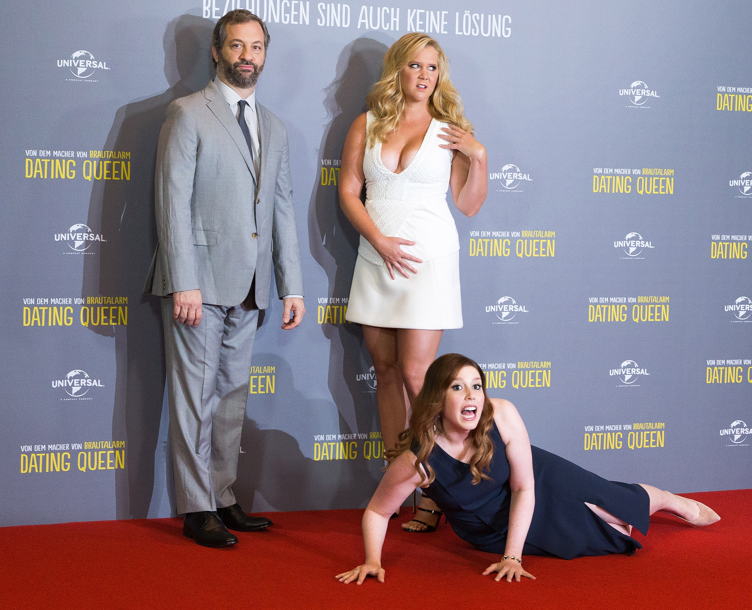 Amy Schumer; Vanessa Bayer and Judd Apatow attend a photo call for the film 'Dating Queen' at Ritz Carlton on August 11, 2015 in Berlin, Germany.