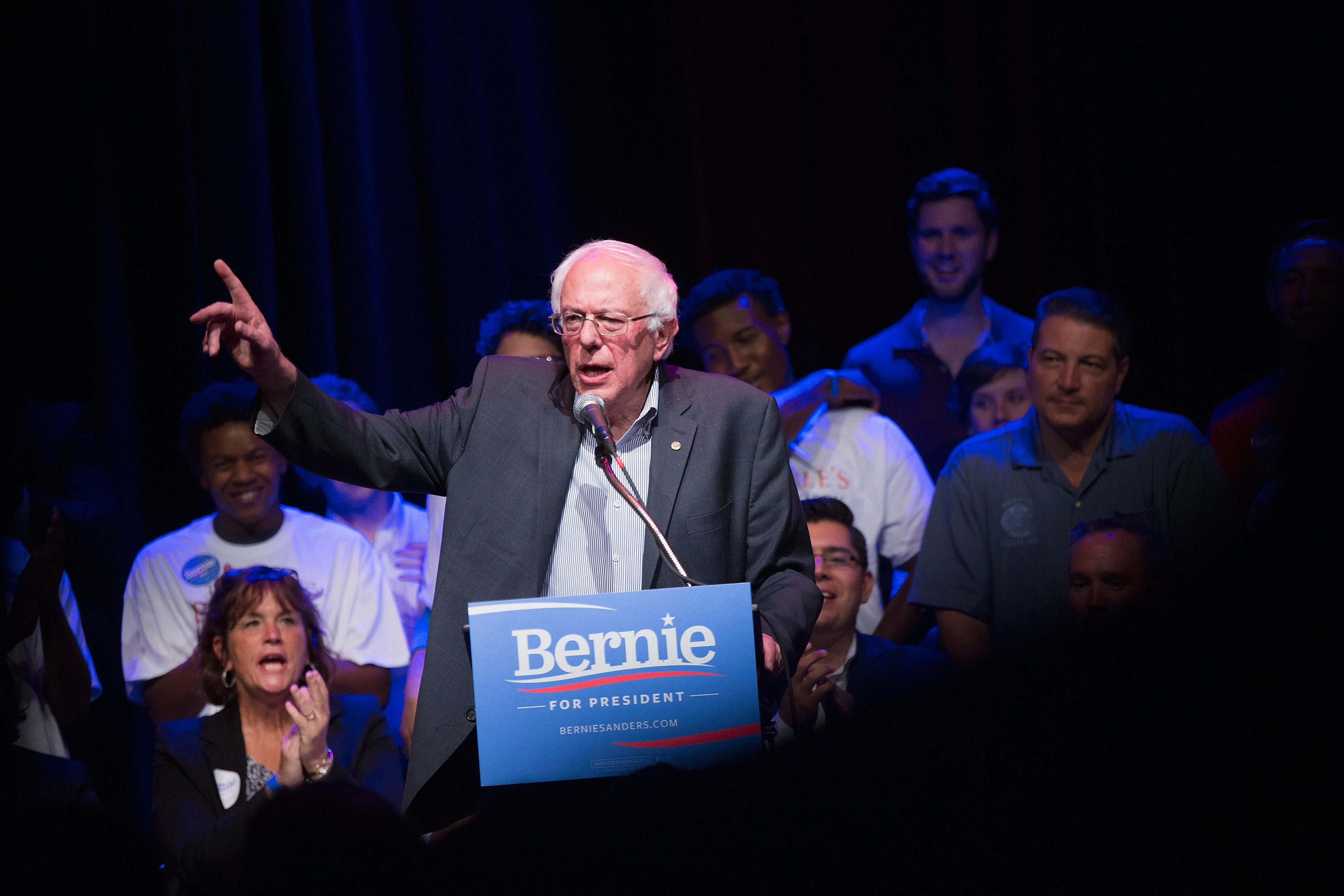 Democratic presidential candidate U.S. Sen. Bernie Sanders (I-VT) speaks to supporters gathered for a meet-and-greet fundraising reception at the Park West on August 17, 2015 in Chicago, Illinois.