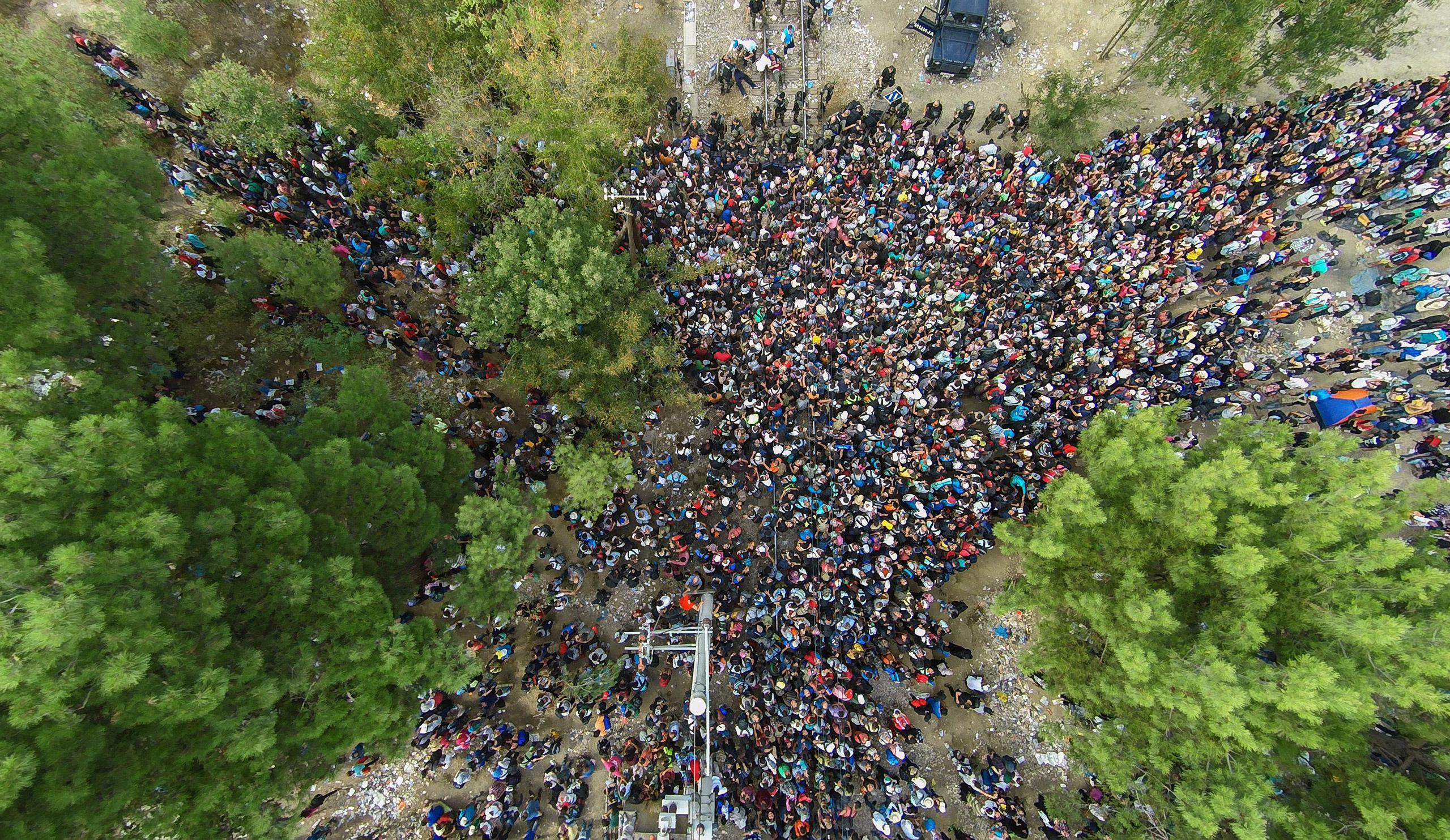 An aerial view of migrants queueing to pass the border to Gevgelija, Macedonia, from the border village of Idomeni, Greece, on Aug. 21, 2015.