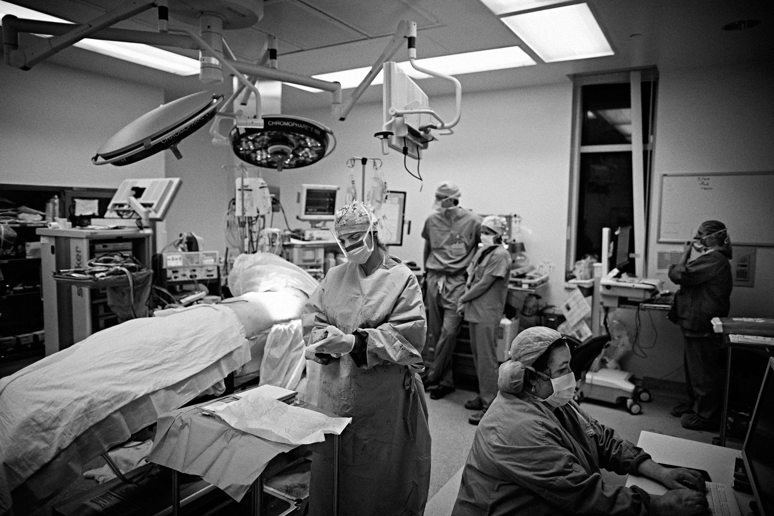 Dr. Salles in the operating room rotation at Santa Clara Valley Medical Center in San Jose, California. March 27, 2015.