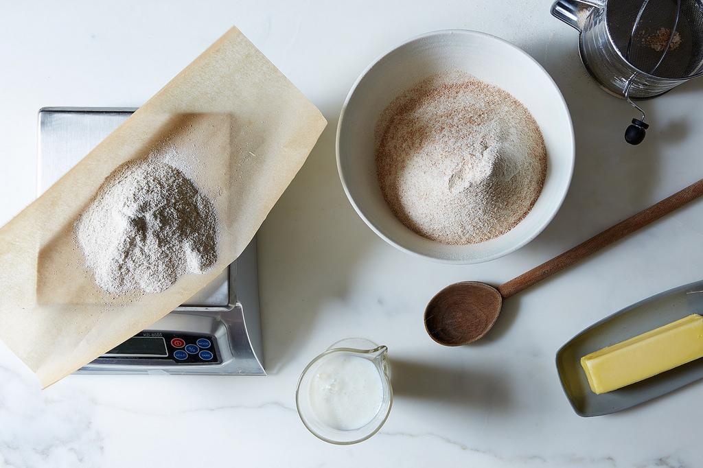 measuring-flour-baking
