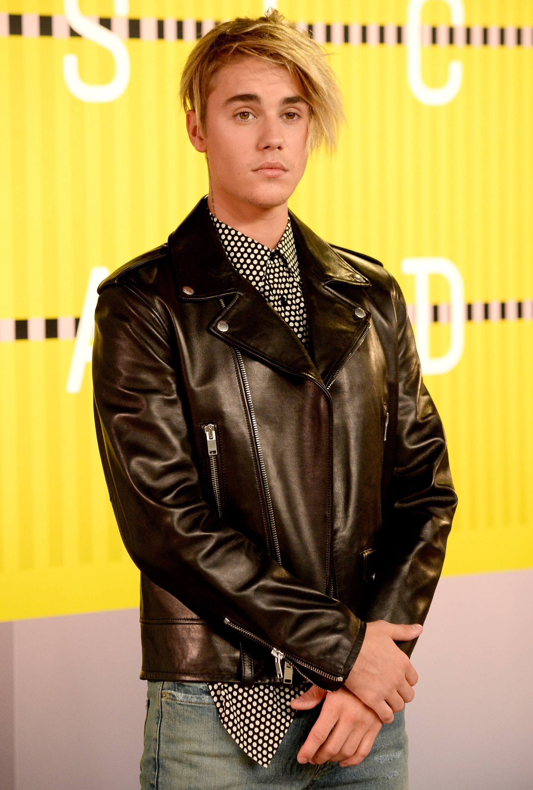 Justin Bieber arrives at the 2015 MTV Video Music Awards at Microsoft Theater on Aug. 30, 2015 in Los Angeles.
