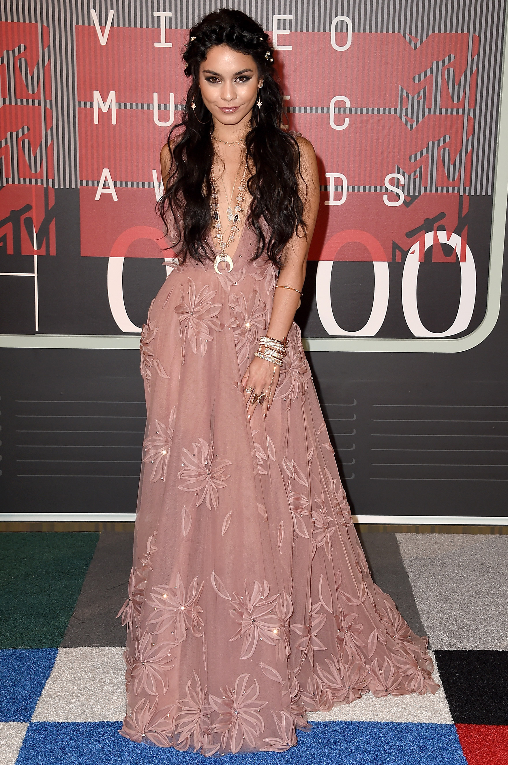 Vanessa Hudgens arrives at the 2015 MTV Video Music Awards at Microsoft Theater on Aug. 30, 2015 in Los Angeles.