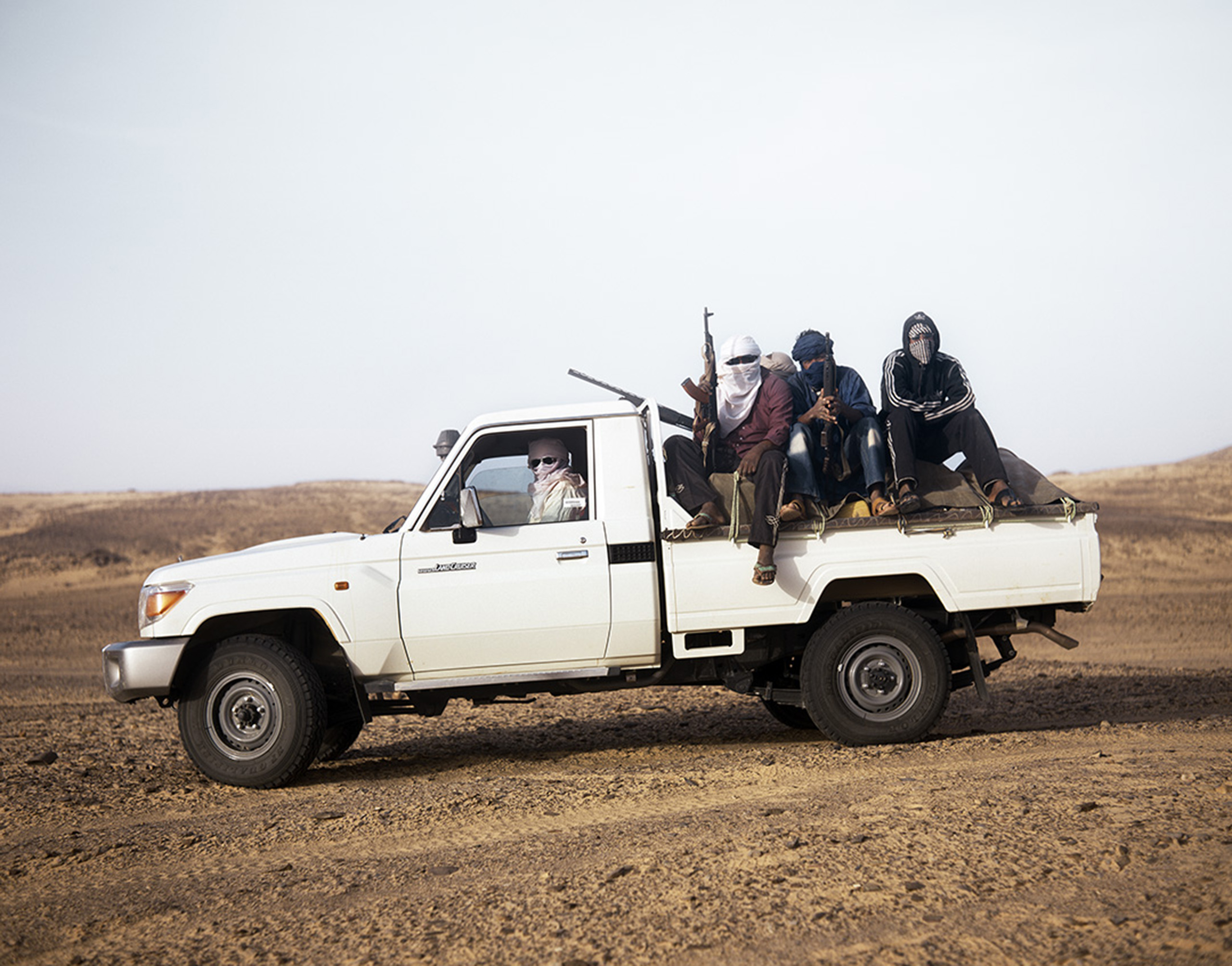 Independent entrepreneurs along the Salvador Pass Area in Northern Niger.