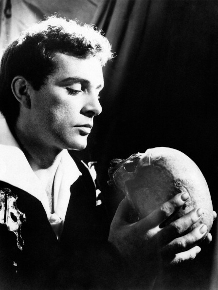 Richard Burton (1964) Wearing modern dress, Burton plays Hamlet at a booming pitch, virile and muscular yet bitter and sardonic. Directed by John Gielgud on a stark stage, the hit production gave Hamlet its longest Broadway run before becoming immortalized on film. (Read more at The Hollywood Reporter)