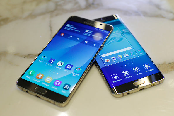 A Samsung Galaxy S6 Edge Plus smartphone (R) and a Galaxy Note 5 smartphone.