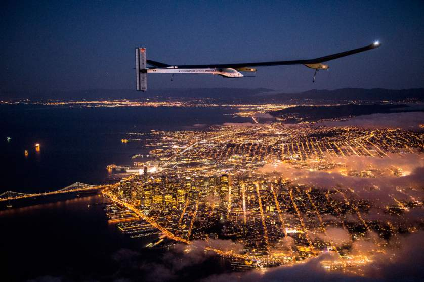 April 23, 2013 - San Francisco, California, united States:Mountain View, California, United States: Solar Impulse ' s HB-SIA prototype is making its 6th test flight from Moffett Airfield at the Ames Research Center of NASA after being reassembled. Solar Impulse is flying over San Francisco Bay area and pass over the Golden Gate Bridge. Solar Impulse will fly across America in stages over May-June-July from San Francisco to Washington D.C. and New York City. (Jean Revillard/Rezo/Solar Impulse/Polaris) ///