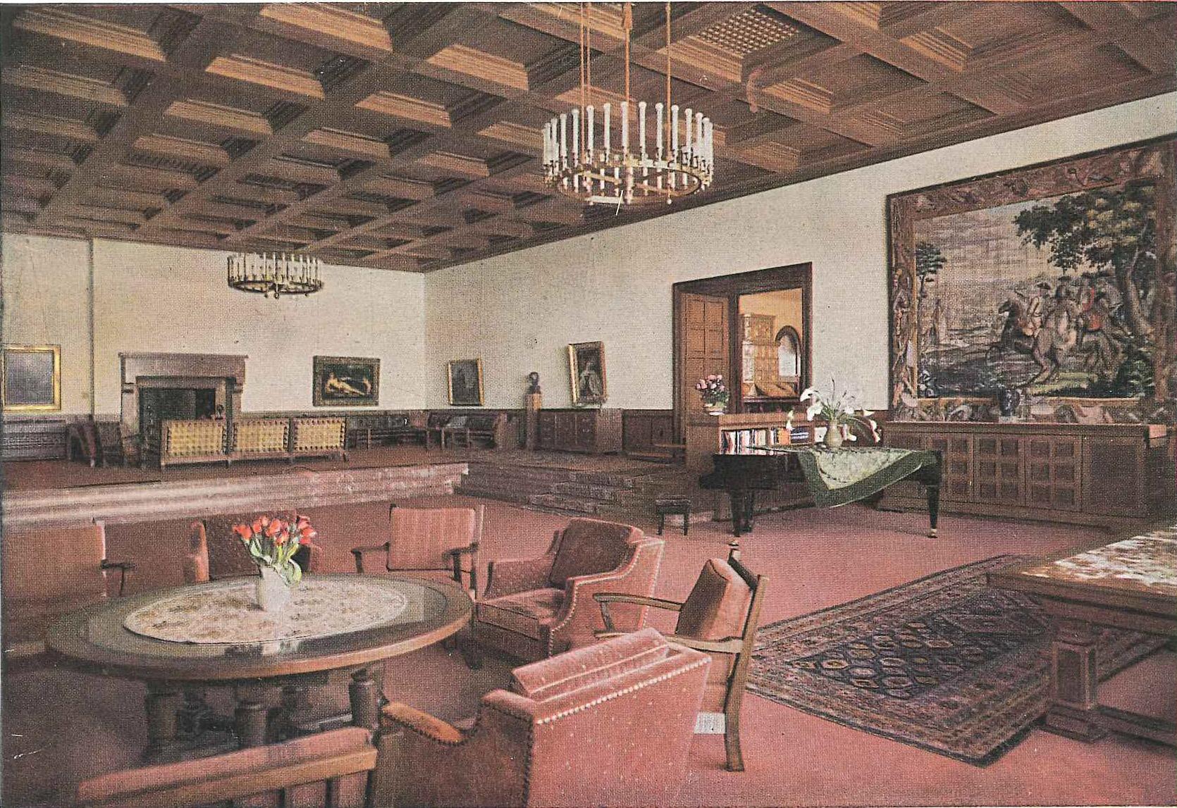 Heinrich Hoffmann, postcard of the Great Hall, 1936.