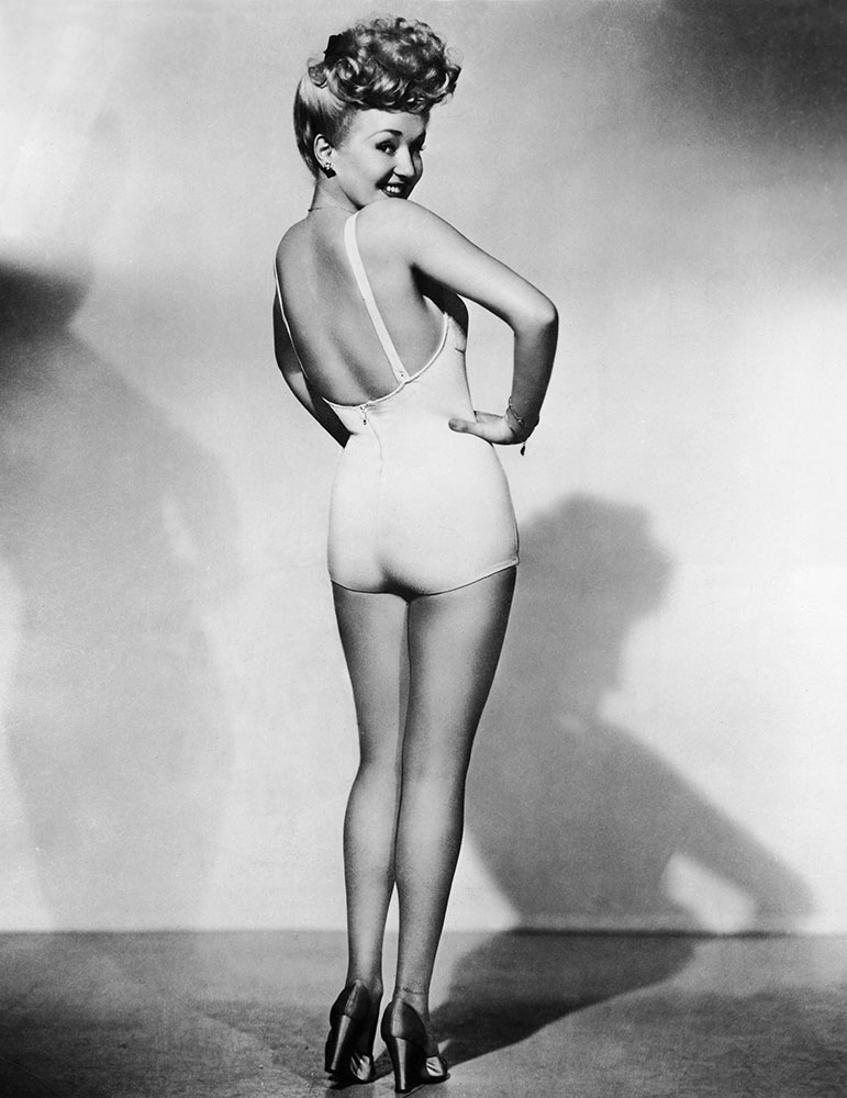 Betty Grable by Frank Powolny, 1943.