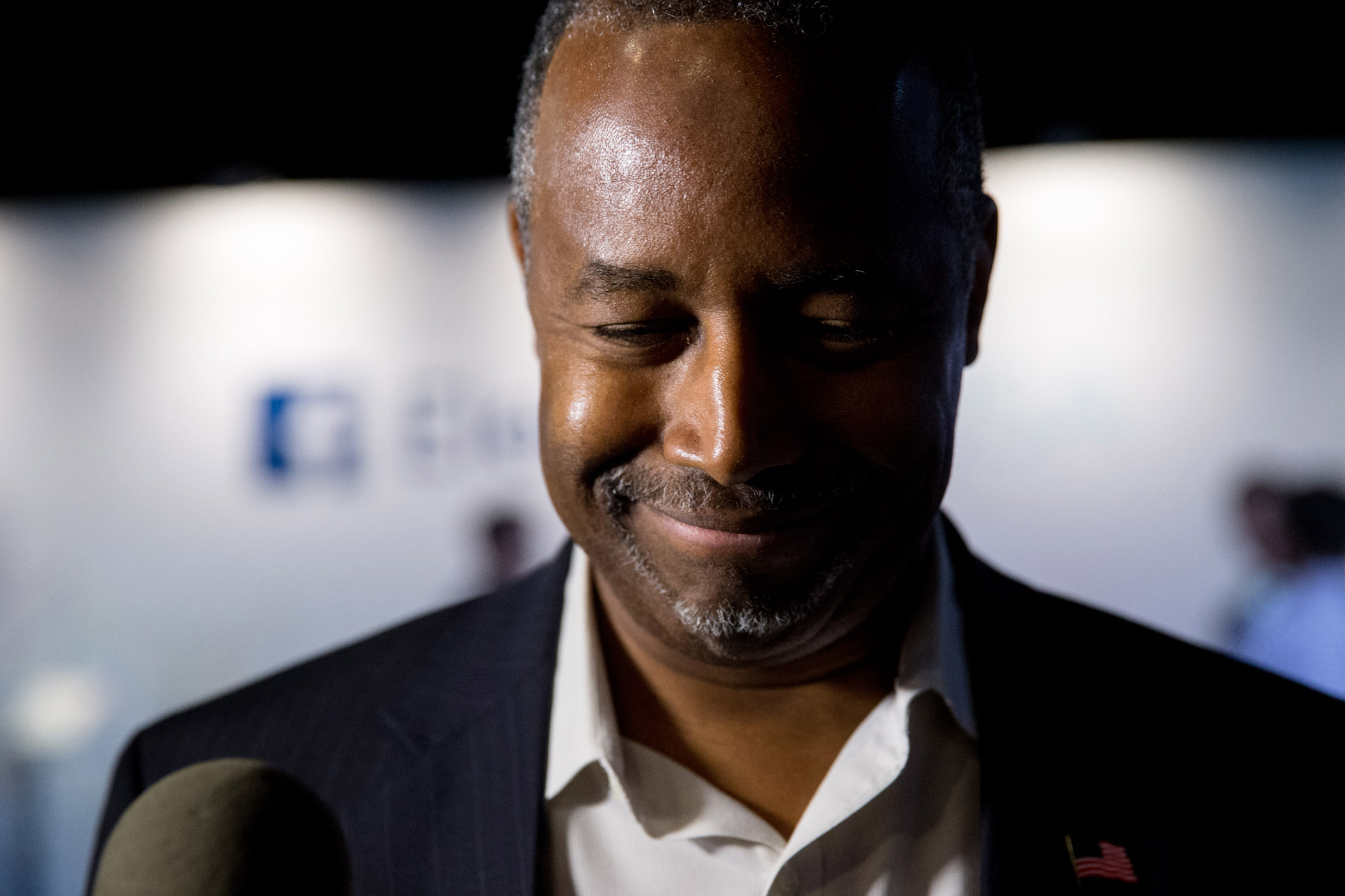 Republican presidential candidate and retired neurosurgeon Ben Carson speaks to reporters in Cleveland, Ohio on Thursday, Aug. 6, 2015, before the first Republican presidential debate.