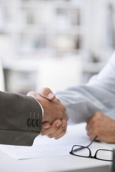 business-people-handshake