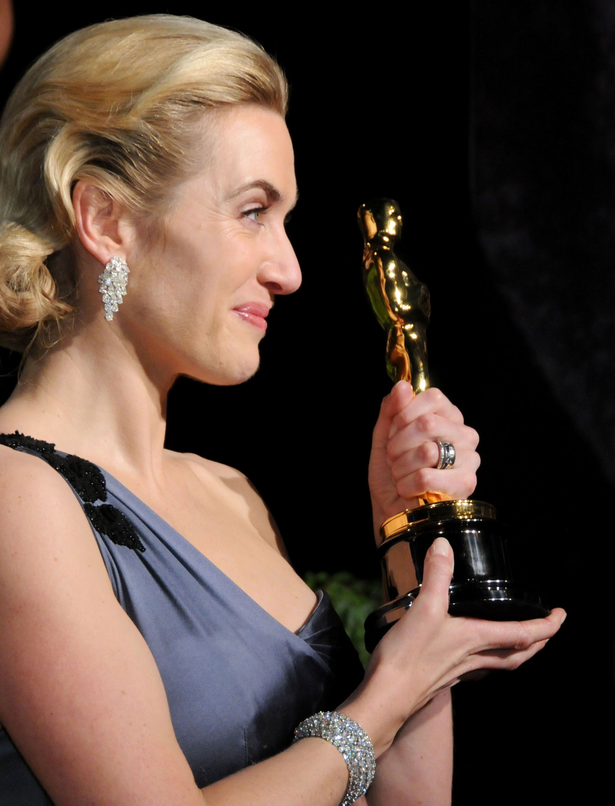 Kate Winslet at the Vanity Fair Oscar Party in 2009