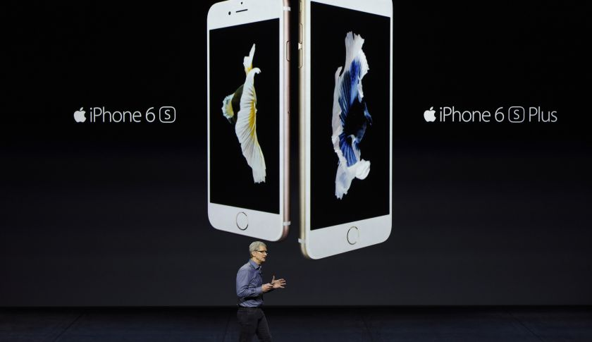 Tim Cook, chief executive officer of Apple, introduces the iPhone 6s and 6s Plus during an Apple product announcement in San Francisco, Calif.