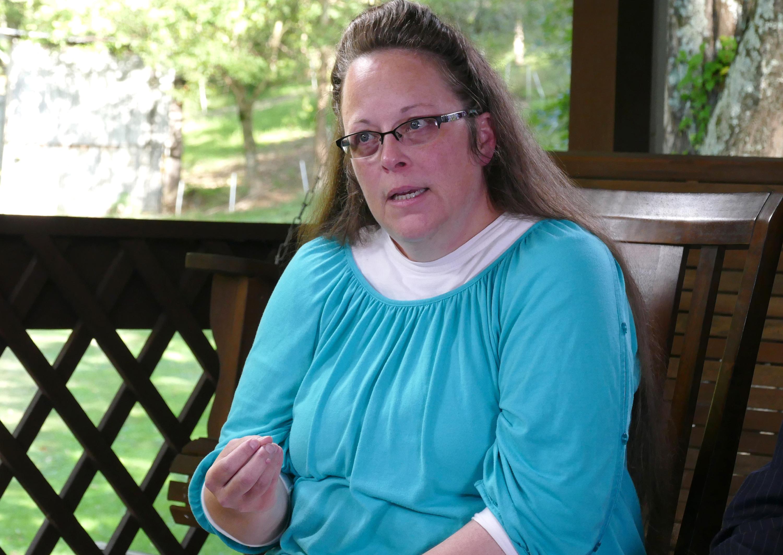 Kim Davis speaks to Paula Faris on Sept. 21, 2015.